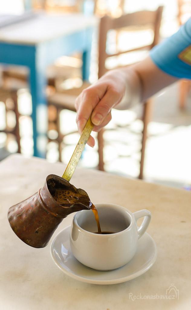 je libo odpolední kávu?