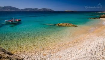 i oblázkové pláže tu nejsou k zahození - Porta beach