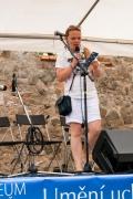 Michaela Tsima moderovala Řeckou sobotu s nenuceným šarmem