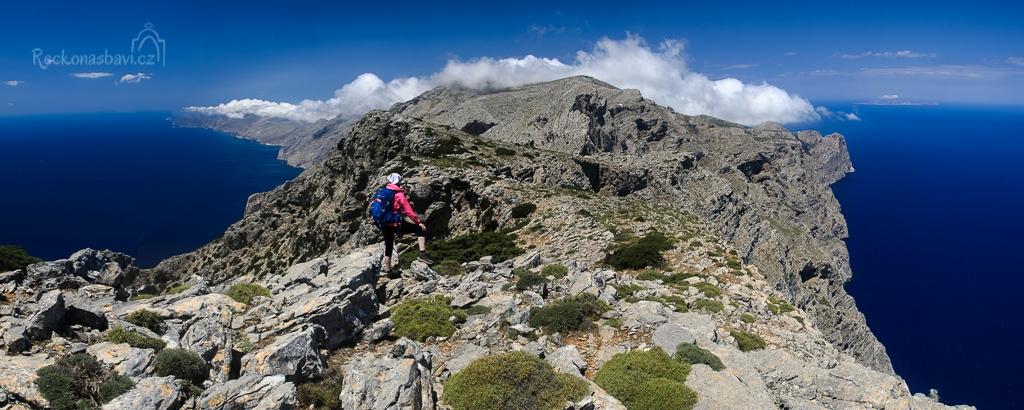 fantastický trek po 600 metrů vysokých útesech... Melania forest!