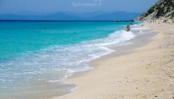 Lefkáda - pláž Pefkoulia