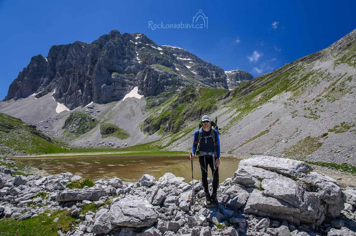 vyschlé jezero Xerolimni a před ním Pampalini :-D