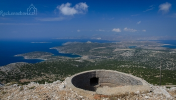 panoramatický výhled z vrcholu Kastelanos (366 m n.m.)