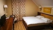 Neplánované ubytování na dálnici M5  v Mizse Motel (85€ za třílůžko)