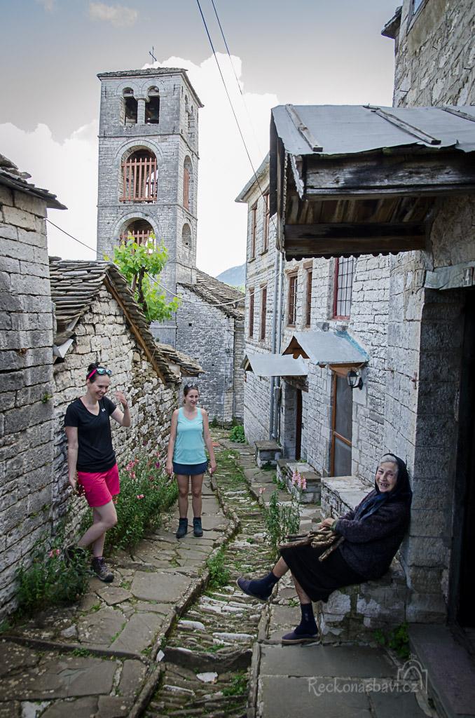 Kdoví co se v Řecku změní, až zde tato generace nebude a nahradí ji mladší, kteří na takových místech nechtějí žít...