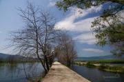 Procházka po molu u vesnice Doirani