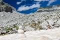 ... a malý řecký sněhuláček je rázem na světě.