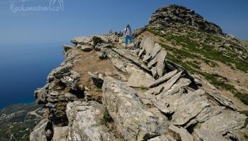 stezka po Atheras ridge nabízí famózní výhledy!
