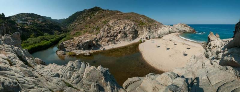 Pláž Nas