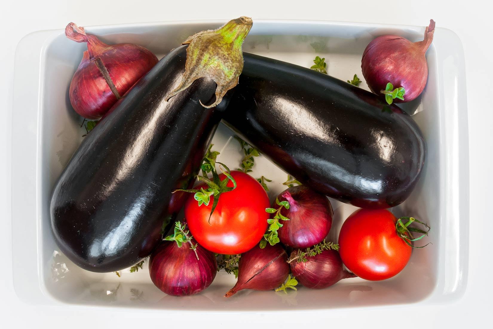 Lilek, rajčata, cibule a bylinky - základní pilíře Imámu