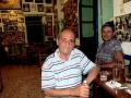 vsadím se s vámi o 3 Ouza, že až se do kafenia Tou Mougou vydáte, tak tak tam tyhle dva štamgasty potkáte :)