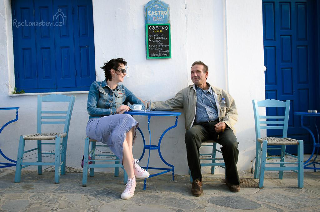 """Štramák Palomitas se hned zakoukal do mojí Peťule... Sám se fotit nechtěl, tak jsem na něj musel vyzrát. """"A co takhle jedna fotka s Petrou?"""" :)"""