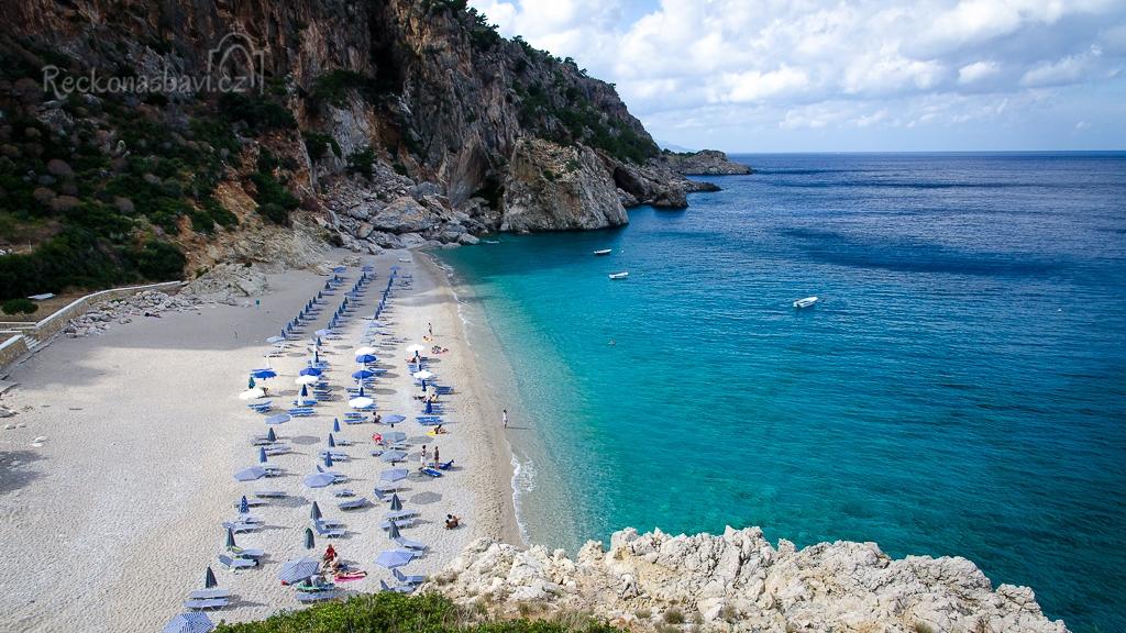 plážový servis na Kyra Panagia