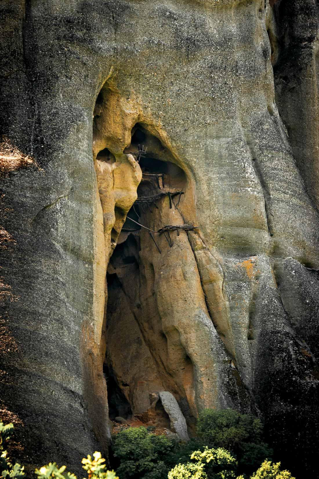 Jeskyně Παναγία τῶν Φυλακῶν