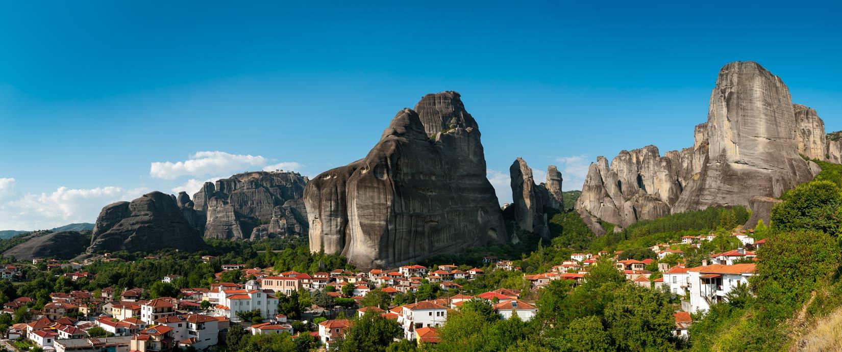 Kastráki - malebná vesnička vklíněná mezi věže Meteory