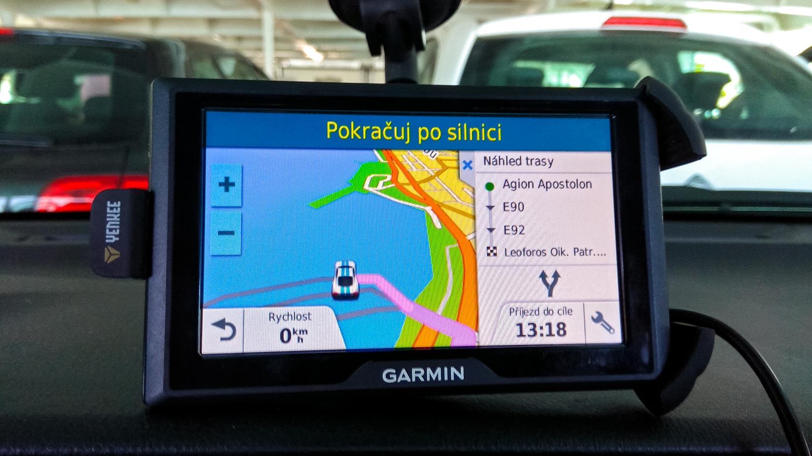 Sedím za volantem , zatím ještě v trajektu a volím trasu...