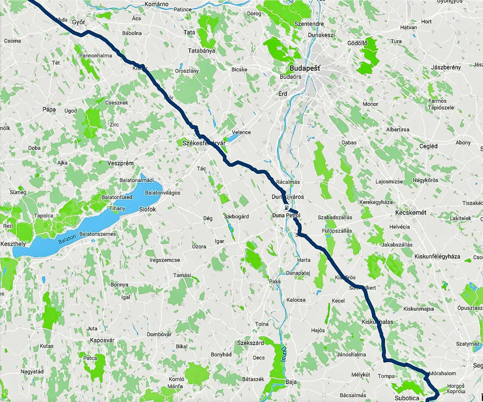 Naše trasa Maďarskem mimo dálnici tak, jak ji zaznamenal Velký Bratr do Google maps v Časové ose.