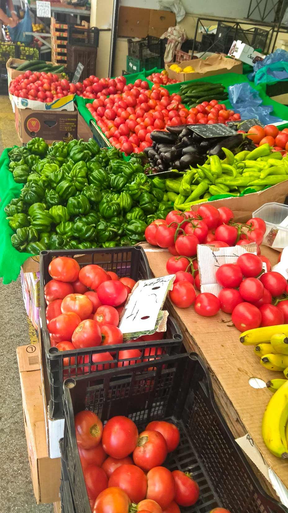 Zaručeně čerstvé produkty zaručeně místní produkce...