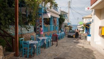 To Steki v Agios Nikitas nabízí vynikající gyros pita i velkou verzi na talíři (plate). Místní štamgasti jsou zárukou kvality...