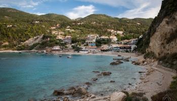 Agios Nikitas - původně rybářská osada, dnes již malebné letovisko!