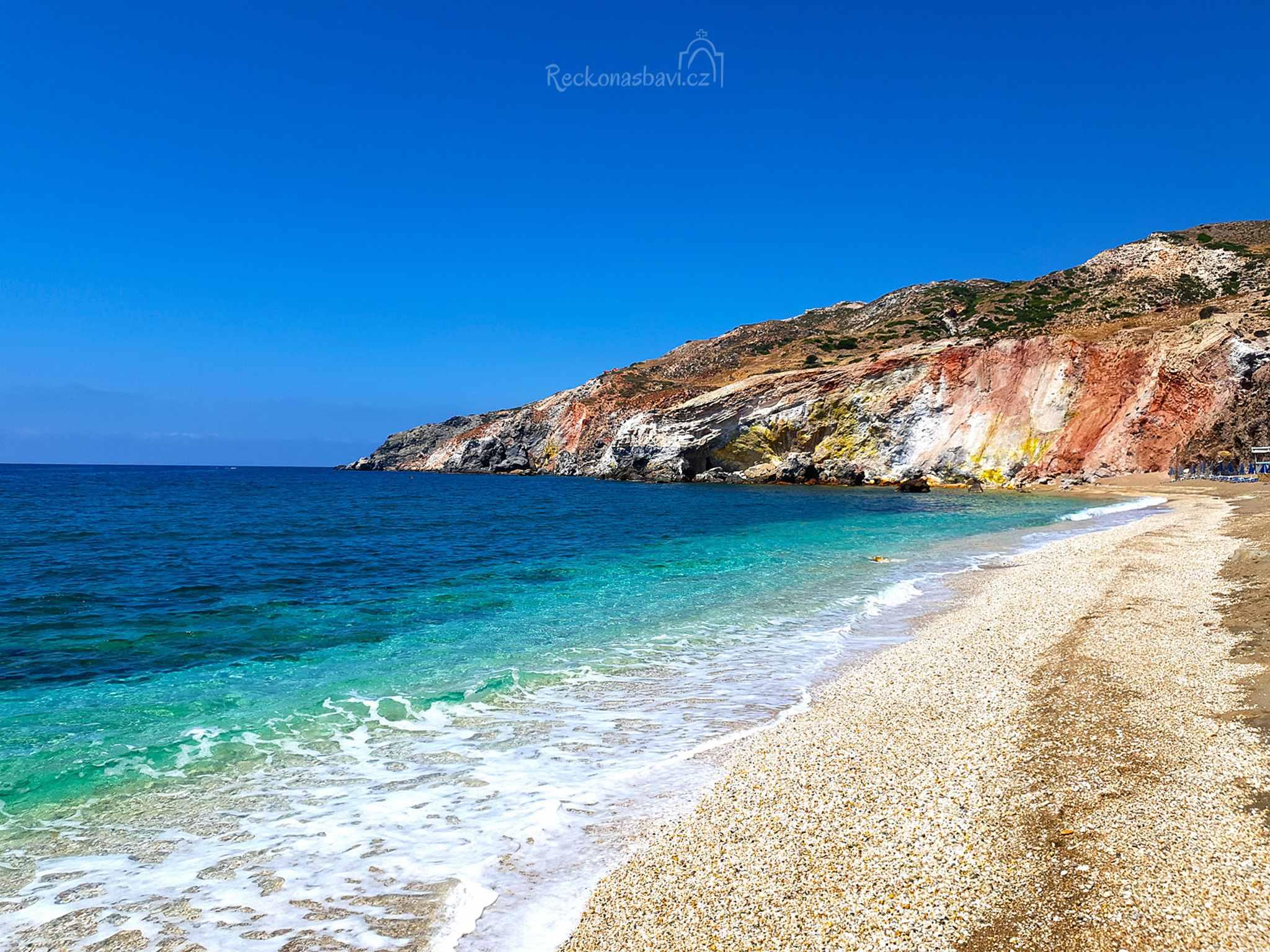 pláž Tourlos, sirné prameny