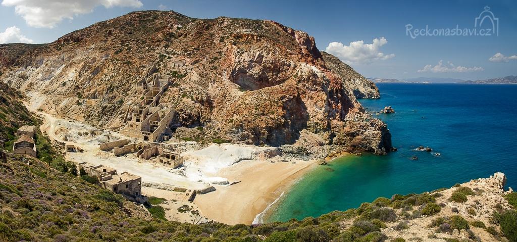 z jižního výběžku střílím panorama pláže Thiafes...sen se stává skutečností!