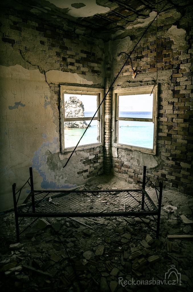 ...dneska by tu asi nikdo bydlet nechtěl...