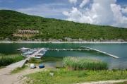 Rybolov je důležitou částí příjmu místních domorodců, ale poslední dobou se tu rozrůstají lodní výlety, při kterých vás místní rybáři zavezou do blízkosti pelikánů. Tady platí, kdo dřív přijde, ten víc uvidí :)