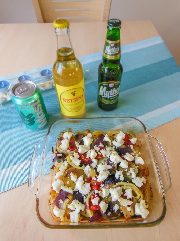 Doporučuji zapít stylově, ať už retsinou, řeckým pivem nebo limonádou s mastichou :-)
