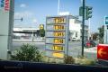 Volos - tankujeme na benzince Shell