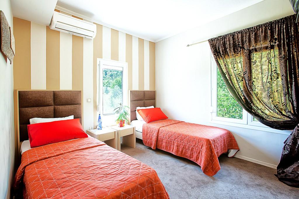 3-27-Kastoria-Hotel-Anastassiou