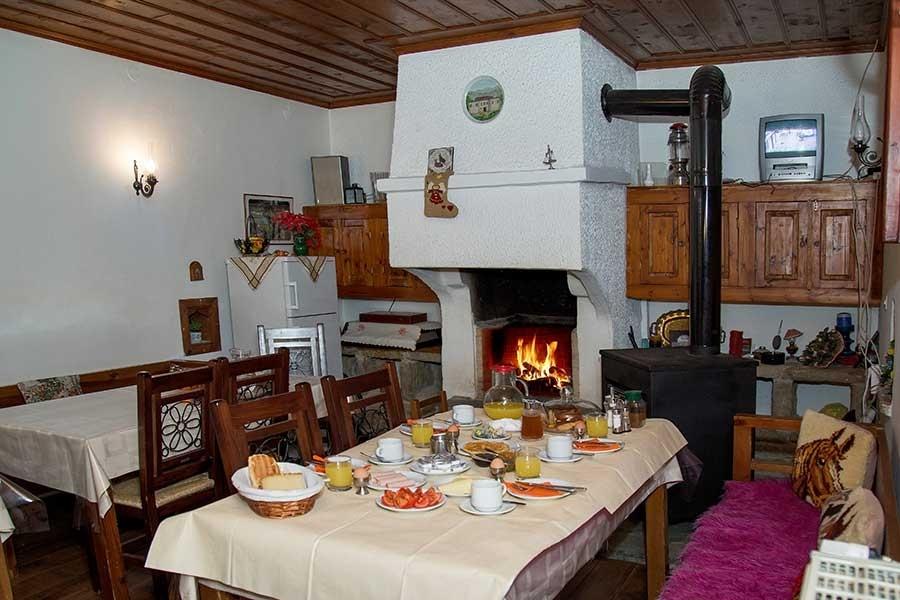 5-26-Papingo-Astraka-guesthouse