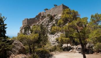Monumentální artefakty hradu Monolithos dodnes svědčí o prozíravosti Johanitů, hrad nebyl nikdy dobyt