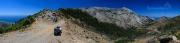 nejlepší panoramatická cesta kolem hory Kerkis vede z Kakoperato monastery směrem na Marathokambos