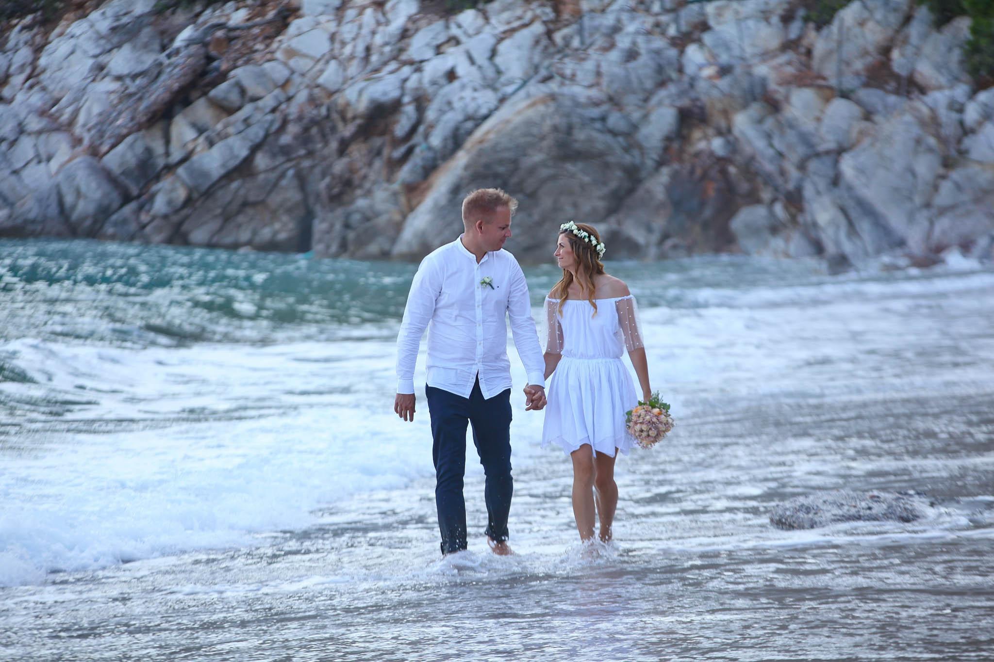 Přemýšlíte o svatbě v Řecku? Řekněte si své ano právě tady!