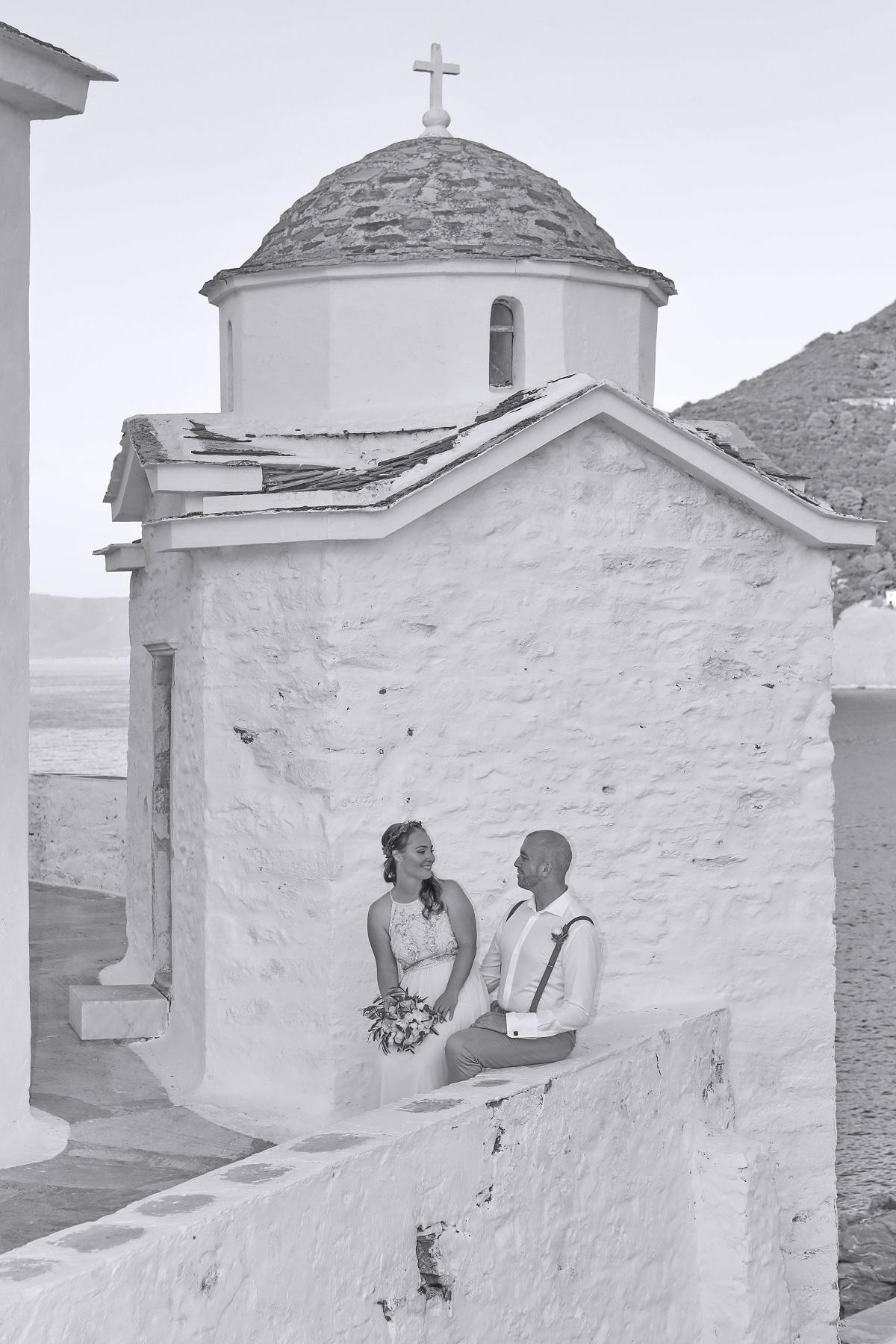 Řekněte si své ano na dovolené a nechte starosti doma. Tentokrát hrajete hlavní roli v romantickém filmu na Skopelosu vy.