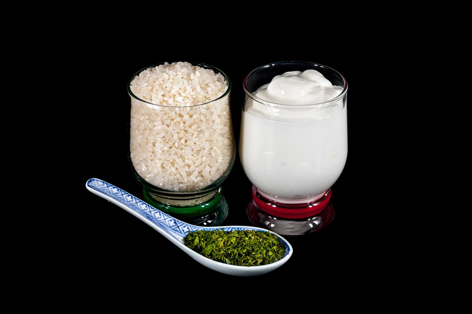 Jogurt, rýže a máta - základní stavební prvky polévky Tanéa