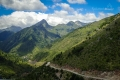 jedeme na Tzoumerku - pohled na vesnici Chaliki (na pozadí Mt. Peristeri - LAKMOS)
