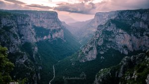 kaňon vikos gorge greece zagori